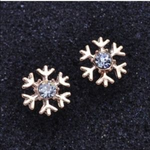 5 for $25 Gold Toned Snowflake Stud Earrings
